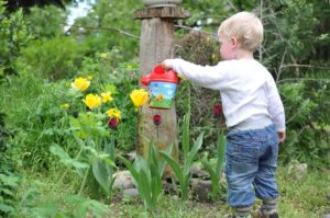 tips for teaching kids how to garden